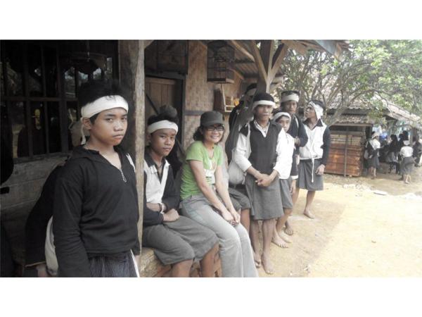 bersama penduduk Baduy Dalam