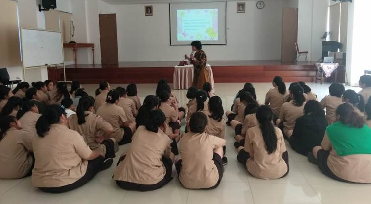 Pendidikan Seks untuk Remaja Putri